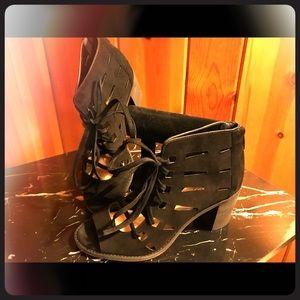 Vince Camuto Tressa lace up gladiator sandal